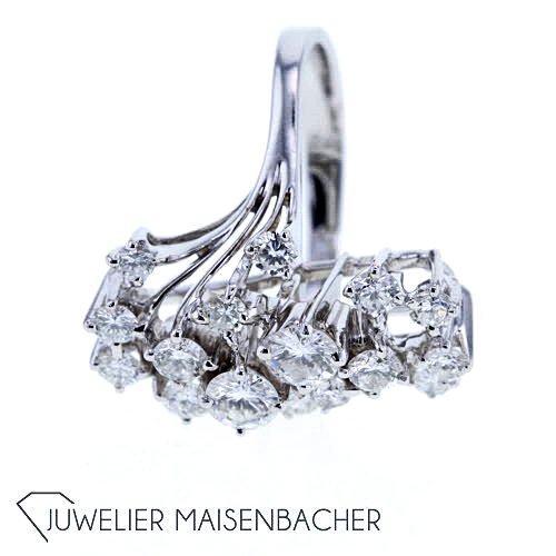 opulenter diamant ring wei gold ringgr e 53 jetzt. Black Bedroom Furniture Sets. Home Design Ideas